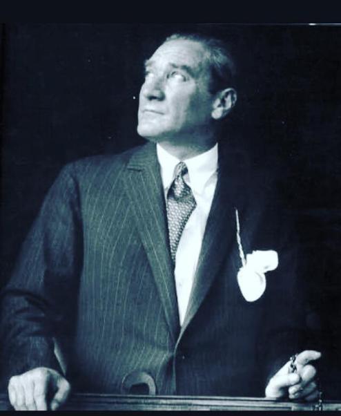 Mustafa Kemal ulusuna ve gençliğe hep güvendi.