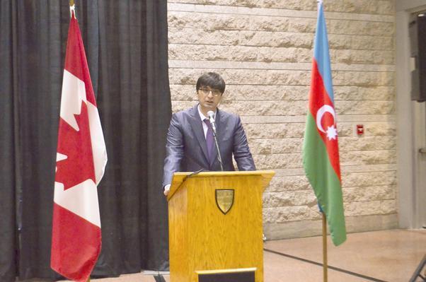 Azerbaycan Büyükelçiği temsilcisi İşgüder Ramil Hüseyinli gecede bir konuşma yaptı.