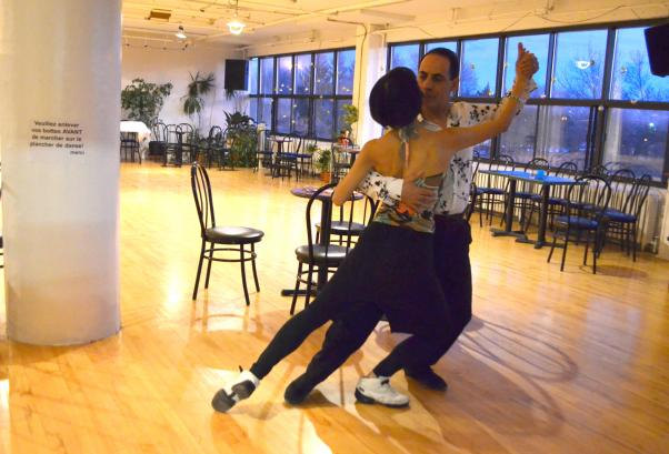 Bülent ve Lina Toronto'da tango rüzgarları estiriyorlar.