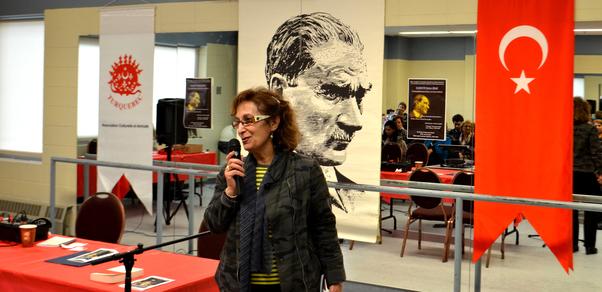 Leyli Hakani Hafta Dergisi'nde yayınlamış olduğu Atatürk'e ilişkin yazıyı okudu.