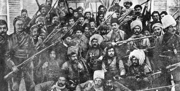Savaş sırasında cephe gerisinde isyan eden Ermeni çeteleri...
