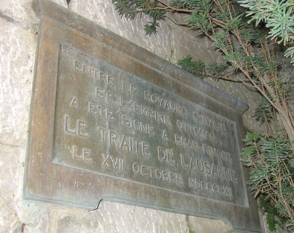 İtalya ile Osmanlı arasındaki Uşi Antlaşması'da burada yapılmıştı.