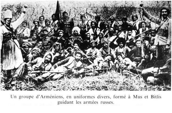 Un groupe d'Arméniens guidant l'armées russes...