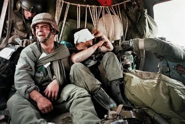 1991 Birinci Körfez Savaşında çekilen ABD askeri fotoğrafını kullandılar.