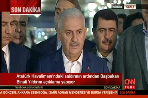 Başbakan Yıldırım havaalanından açıklamalarda bulundu.