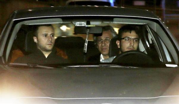 Can Dündar ve Erdem Gül tutuklandıktan sonra Metris Cezaevi'ne gönderildi.