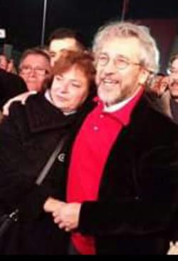Can Dündar avec son épouse...