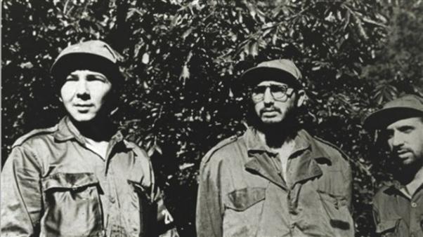 Fidel Castro dava yoldaşları, Raul, Rene ve Ramos.
