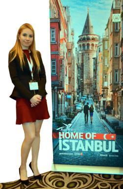 Gülberk Aşyapar doğusuyla batısıyla Türkiye'yi tanıttı...