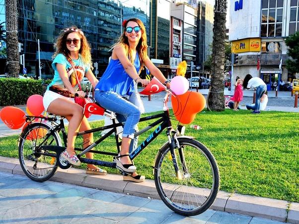 İzmir...