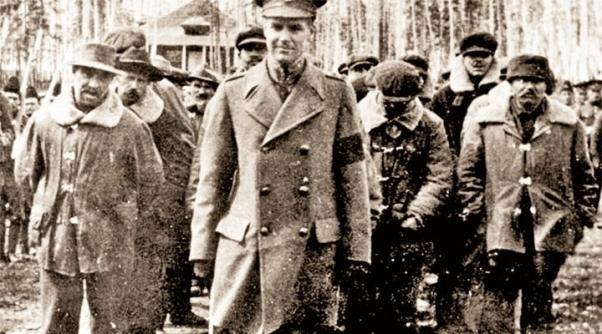 Birinci Dünya Savaşı'nda tutsak edilip toplama kamplarına gönderilen Türk göçmenler...
