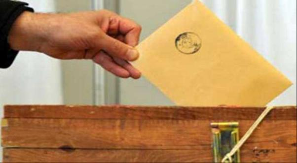 Kanada'da oy verme işlemleri 7-8-9 Nisan günleri 9.00-21.00 saatleri arası.