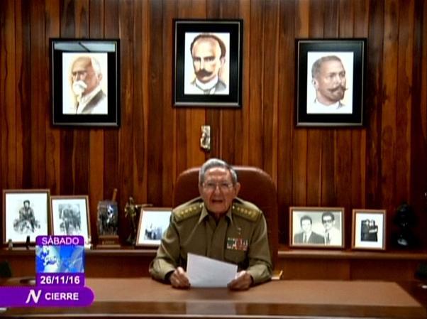 Küba Devlet Başkanı Raul Castro kardeşinin ölümünü televizyon yayınıyla duyurdu.
