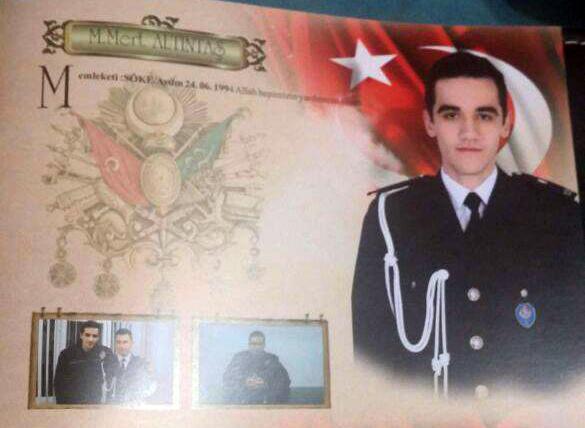 Saldırgan Mevlüt Mert Altıntaş adında bir Çevik Güç polisi.