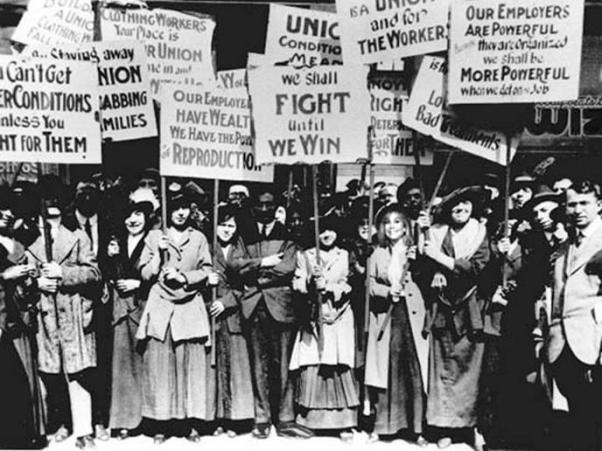 Tarihte Kadın Hakları Savaşımı...