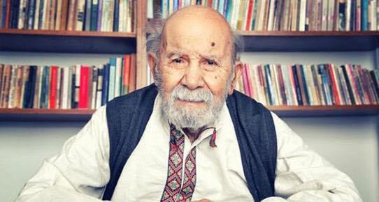 Ünlü yazar Vedat Türkali.
