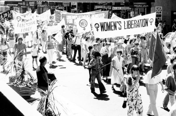 Kadınlar yürüyor!